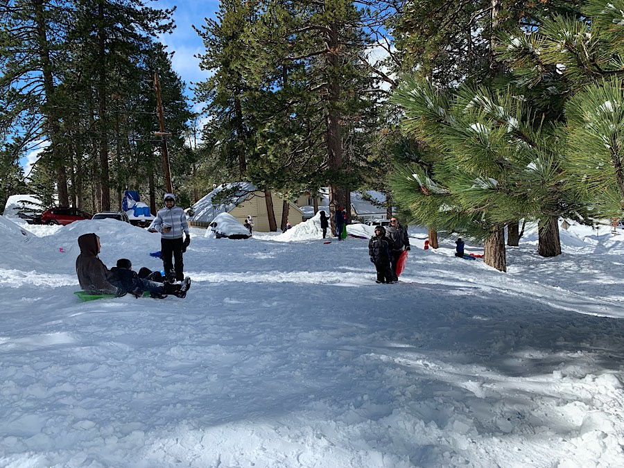 Beautiful unmaintained and free Snow Play area in Running Springs