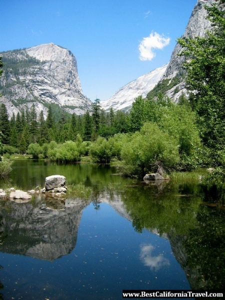 Beautiful view of Yosemite mountain peaks reflected in Mirror Lake